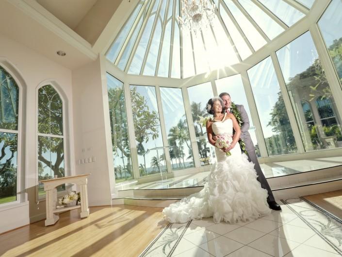 Allisen+Ryan: Ocean Crystal Chapel – Koolina, Oahu